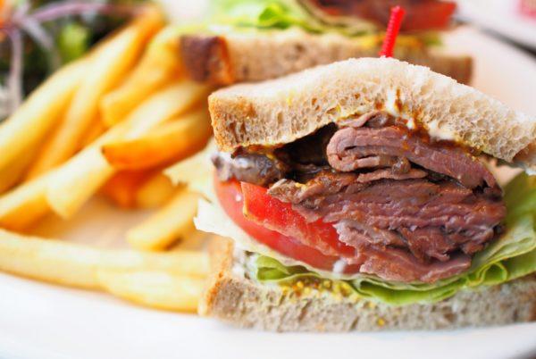ガッツリ系サンドイッチ